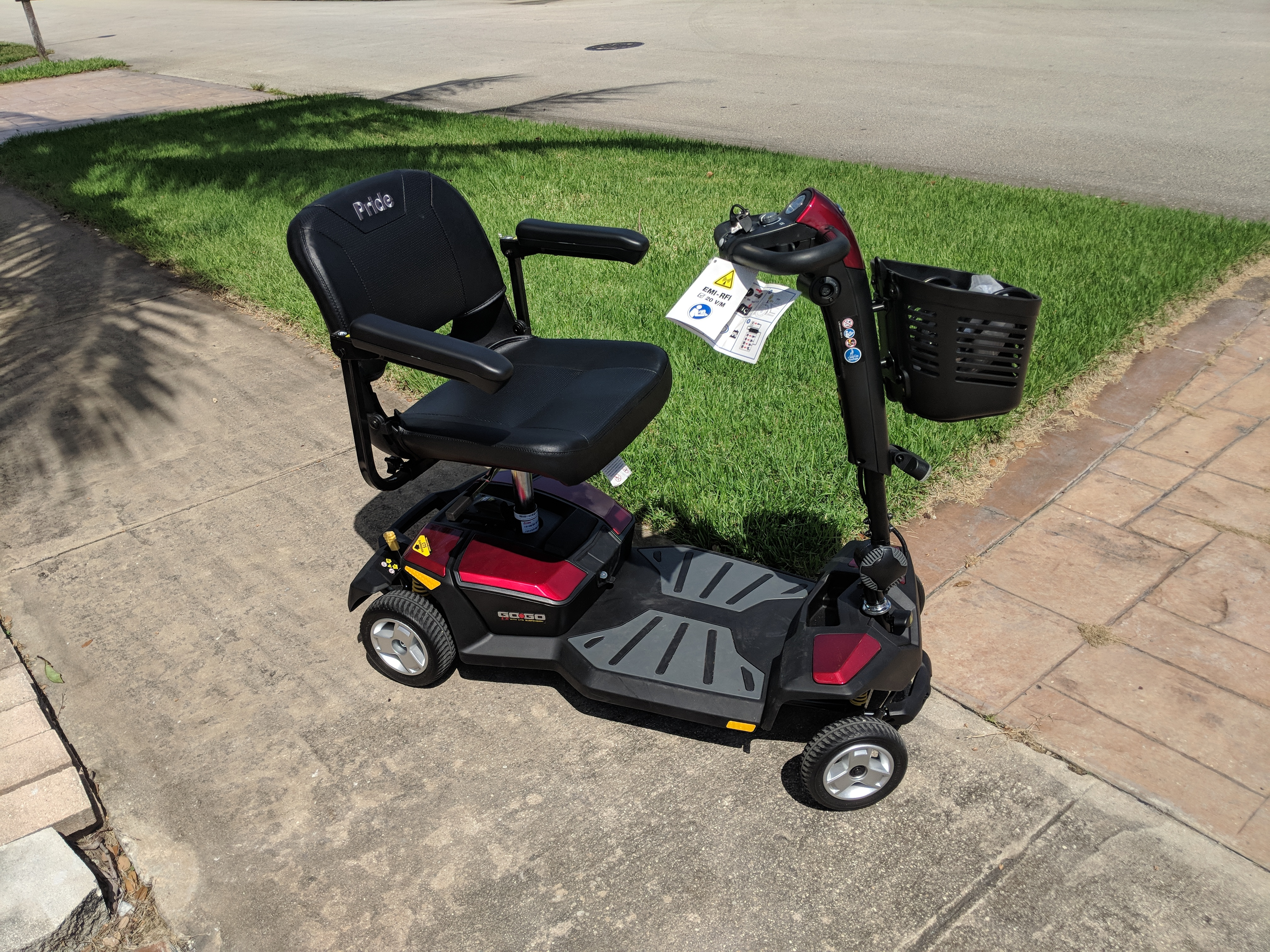 Used Mobility Scooters For Sale >> Go Go Lx 4 Wheel Scooter Buy Sell Used Electric Wheelchairs