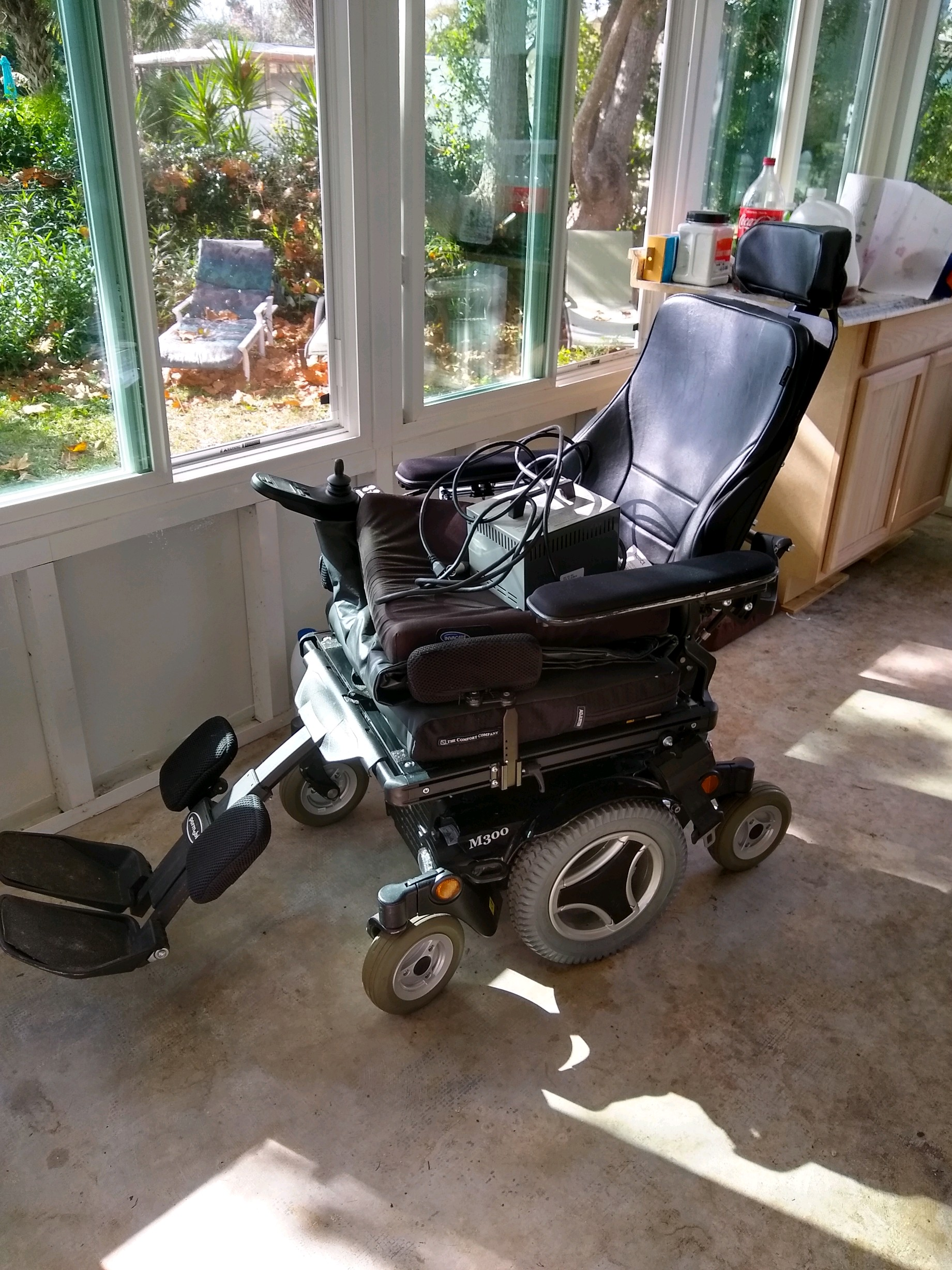 the best attitude 0347d d9c2c Permobil M300 - Buy   Sell Used Electric Wheelchairs, Mobility Scooters    More!