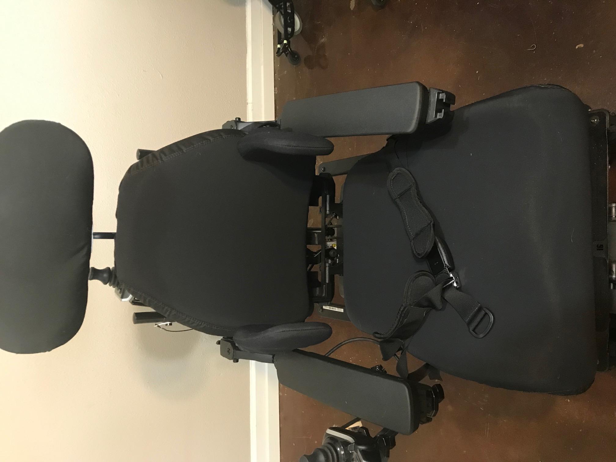 2017 Quantum Q6 Edge 2 0 Power Wheelchair Buy Amp Sell