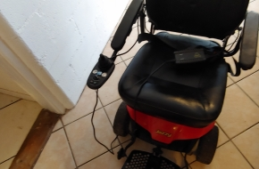 JAZZY SELECT ELITE FOLDING POWER CHAIR