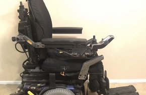 Power Wheelchair – Quantum Q6 Edge