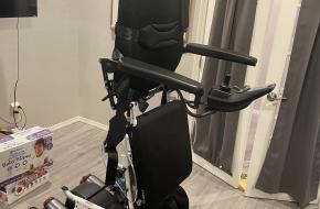 Standing Wheelchair Draco II