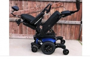 Like new wheel chair