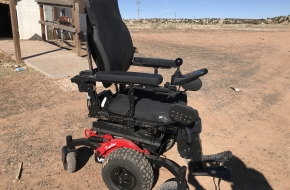 V6 Frontier Off Road Powerchair
