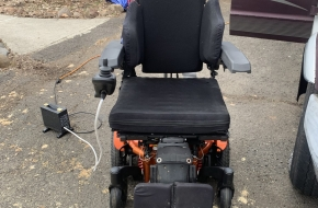 Quickie pulse 6 electric chair with lift