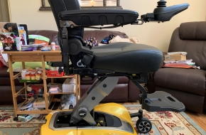 Pride Jazzy Air 2 Elevating Power Chair  Six Months Old!