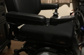 New Quantum 6 Edge Power Chair