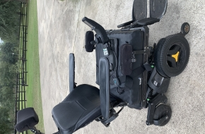 PERMOBIL F3 CORPUS. POWER WHEEL CHAIR WITH ,LIFT, TILT AND RECLINE