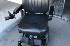 Pulse 6 Power Chair by Quickie