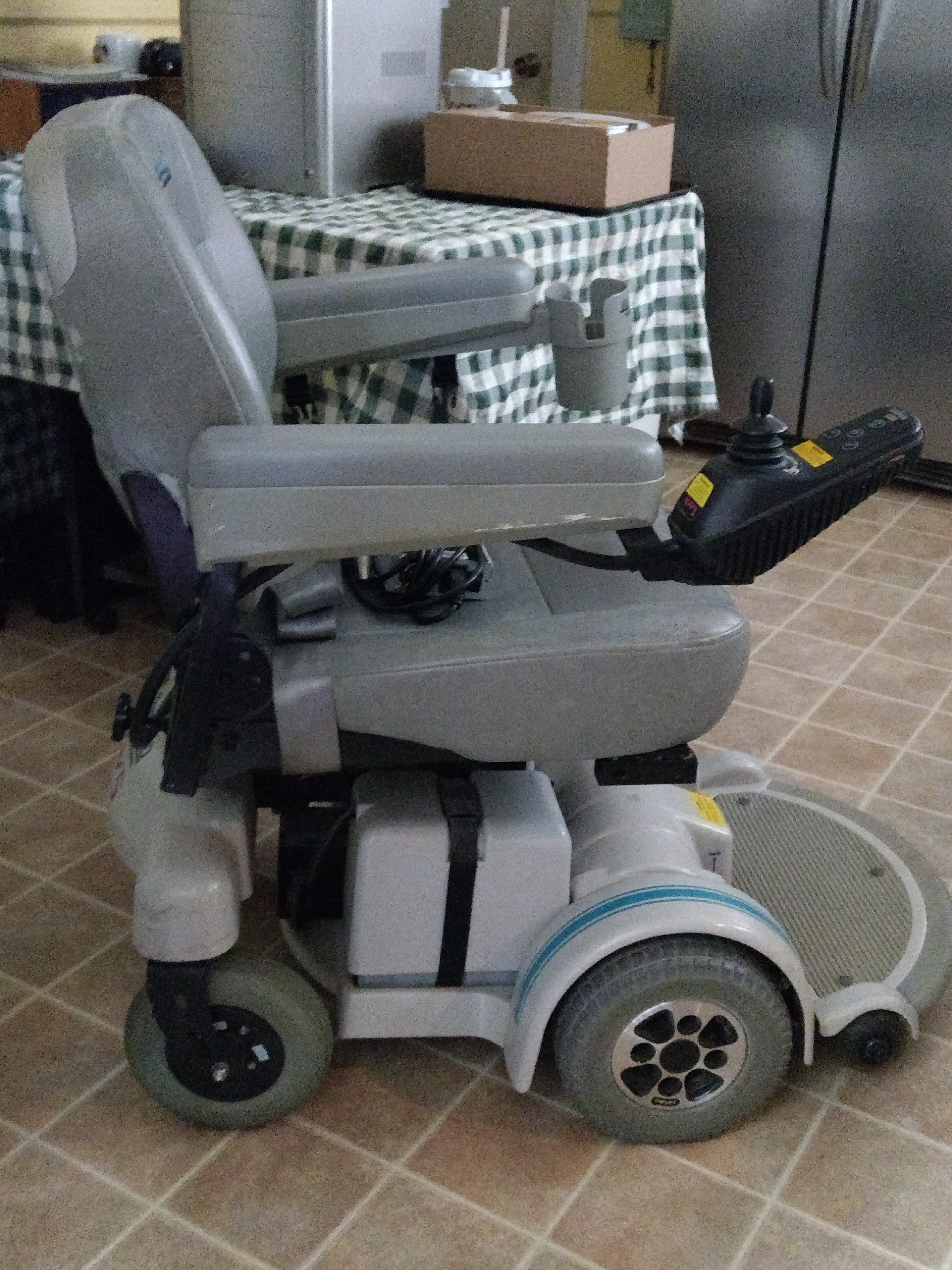 A Nearly Brand New Hoveround Buy Sell Used Electric Wheelchairs