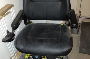 Jazzy Heavy Duty Power Wheelchair