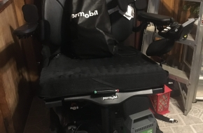 PER MOBIL M300 HD/ 10 MILES on the CHAIR/LIKE NEW CONDITION