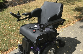 Indoor/Outdoor Power Wheelchair: Quantum Q6 Edge 2.0 iLevel