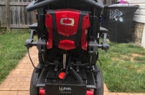 Quantum Q6 Edge 2.0 Power Chair Wheelchair w/Tilt, iLevel, used <6 weeks